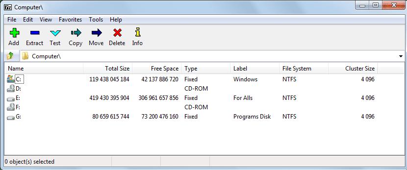 список дисков компьютера в 7-Zip Portable